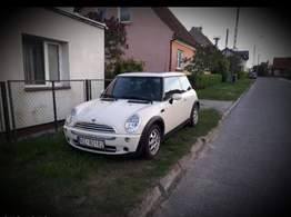 Mini Cooper 1.6 Exclusive model 2007 niski przebieg